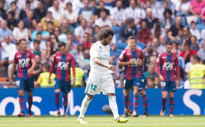 Marcelo se marcha cabizbajo tras su expulsión | Real Madrid 1-1 Levante