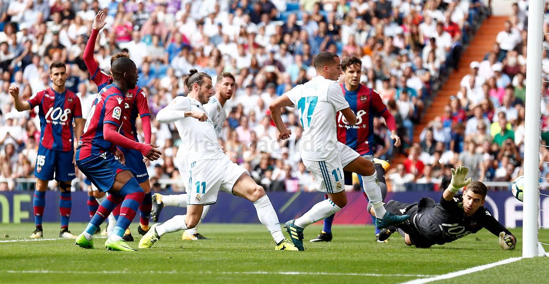 Lucas Vázquez, anotando el tanto del empate | Real Madrid 1-1 Levante